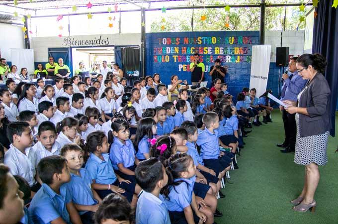 """The ever growing """"Little School"""" in El Salvador"""