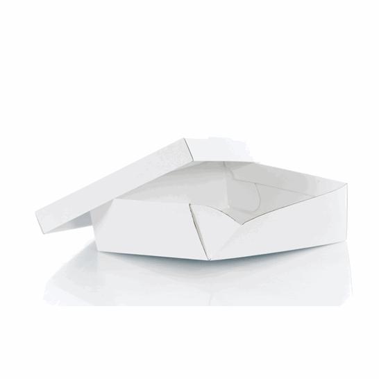 Montaje de cajas para pasteles