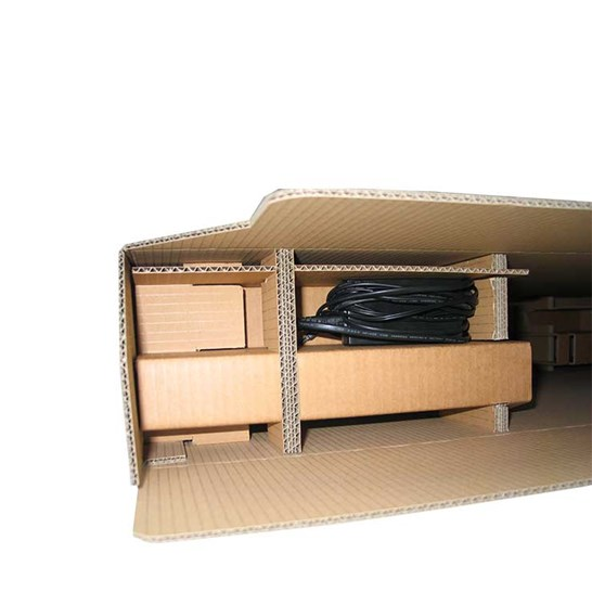 Interior de caja con cantoneras