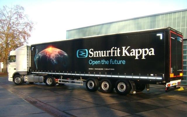 Camion Smurfit Kappa